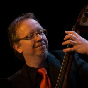 Jacques van 't End, contrabassist Tango de Barrio
